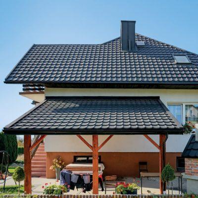Металлочерепица на крыше дома